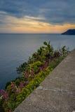 Havskust, Cinque Terre, Italien Royaltyfri Bild