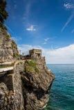 Havskust, Monterosso alsto, Cinque Terre, Italien Royaltyfri Fotografi
