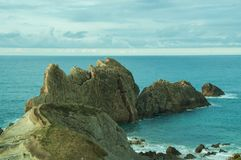 Havslandskap i norden av Spanien royaltyfri fotografi