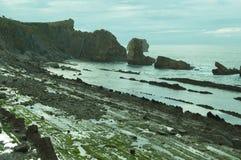 Havslandskap i norden av Spanien royaltyfria bilder