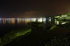 Havsliggande på natten. Arkivfoton