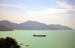 Havssikt, Batu Ferringhi, Malaysia Arkivfoto