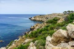 Havssikt från parkera Cavo Greco Arkivfoton