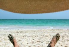 Havssikt från under hatten Arkivbilder