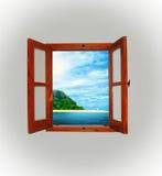 Havssikt till och med ett öppet fönster Royaltyfri Foto