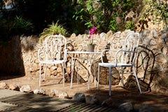 Havssiktsterrassen på det lyxiga hotellet, Mallorca royaltyfri bild
