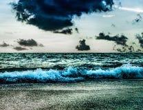 Havsstorm med stormmolnet och himmel Royaltyfri Fotografi