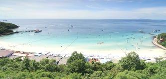 Havsstrand på Koh Larn, Pattaya stad i Thailand Arkivbild