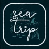 Havstur Sommarresasemestrar som märker etiketten, logo, för beståndsdeluppsättning för hand utdragen fortravel, semester vektor stock illustrationer