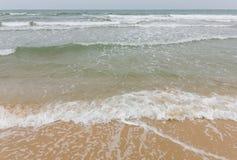 Havsvåg med stormen royaltyfri foto