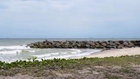 Havsvågor sprängas lager videofilmer