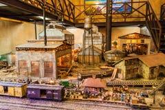 HAWAŃSKI, KUBA, FEB - 23, 2016: Model trzcina cukrowa rumu i młynu fabryka w ekspozycji Museo Del Ron Rum muzeum wewnątrz fotografia royalty free