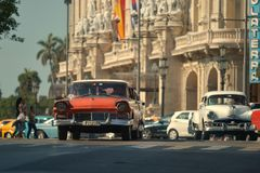Hawański, Kuba, Maj 29, 2016: Rocznika samochód na Hawańskiej ulicie Fotografia Stock