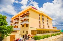 HAWAŃSKI, KUBA, SIERPIEŃ - 30, 2015: Historyczny hotel Fotografia Royalty Free