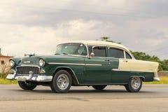 HAWAŃSKI, KUBA, STYCZEŃ - 03, 2018: Rocznika klasyczny Amerykański samochodowy ri Fotografia Stock