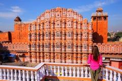 Hawa Mahal - дворец ветров в Джайпуре, Раджастхане, Индии Стоковое фото RF
