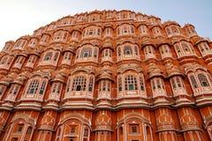 Hawa Mahal: Den härliga slotten i Jaipur, Rajasthan, Indien Arkivfoton