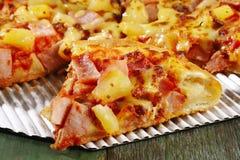 hawaiansk pizza Fotografering för Bildbyråer