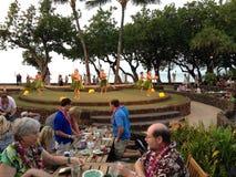 HAWAIANSK TRADITIONELL HULASHOW Arkivfoton