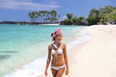 Free Hawaii Beach Vacation Fun Snorkel Sport Girl Enjoying Watersport Activity Going Snorkeling With Mask. Happy Asian Woman In White Royalty Free Stock Photos - 156959428