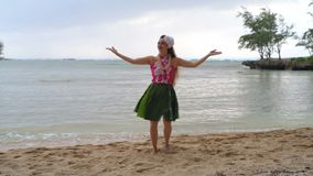 Hawaii hula dancer in costume dancing 4k