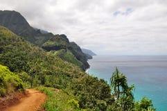 hawaii kalalaukauai trail Arkivbilder