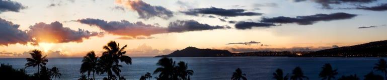 Hawaii solnedgångpanorama Arkivfoton
