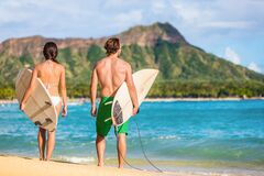Free Hawaii Surfers People Relaxing On Waikiki Beach With Surfboards Looking At Waves In Honolulu, Hawaii. Healthy Active Stock Image - 191859671
