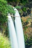 hawaii vattenfall royaltyfria bilder
