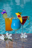 Hawaiian azul del Poolside Fotografía de archivo libre de regalías