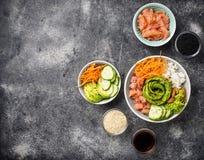 Hawaiibo petar bunken med laxen, ris och grönsaken royaltyfri bild