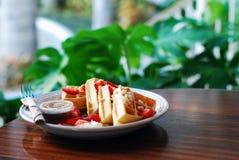Hawaiische Frühstückswaffeln Lizenzfreies Stockfoto