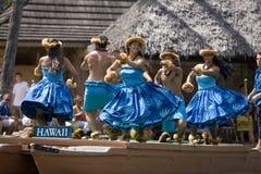 Hawaiische Tänzer auf Kanu 1634 Stockfotos
