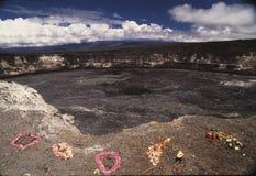 Hawaiischer vulkanischer Krater stockfotos