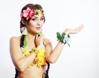 Hawajskiego dziewczyna seansu otwarta palma Obrazy Stock