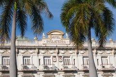 HAWAŃSKI, KUBA, JAN - 30, 2011: Historyczny Hotelowy Inglaterra zakłada Obraz Stock