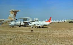 Hawkeye Dżetowy samolot w Pima Lotniczym i Astronautycznym muzeum Fotografia Royalty Free