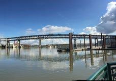 Hawthorne mosta Multnomah okręg administracyjny Portland LUB USA_03-25-2016 fotografia stock