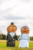 Hay Bale Bridal Couple Fotografía de archivo
