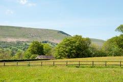 Hay Bluff y las montañas de Inglaterra y de País de Gales Foto de archivo libre de regalías