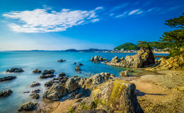 Hayama-Korallenstrand lizenzfreie stockbilder