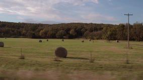Hayballs i countrylandsna av Oklahoma arkivfilmer