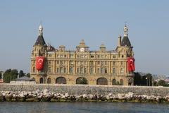 Haydarpasa drevstation i Istanbul Royaltyfri Bild