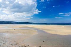 Hayle Towans strand Cornwall Royaltyfri Fotografi