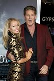 Hayley Roberts e David Hasselhoff fotos de stock royalty free