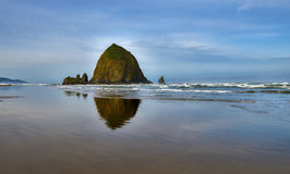 Haystack Rock at Cannon Beach Royalty Free Stock Images