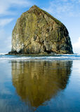 Haystack rock - Here to stay. Impressive standing rock on Canon Beach, Oregon Stock Photo