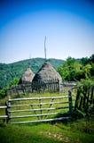Haystock农村秋天Orastie胡内多阿拉罗马尼亚 免版税图库摄影