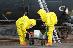 HAZMAT Team Checks Cart Imagenes de archivo