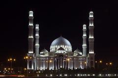Hazrat苏丹清真寺,阿斯塔纳,哈萨克斯坦 免版税库存照片